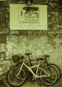 Biking Toulouse, canal barge Anjodi, Canal du Midi, Toulouse, France