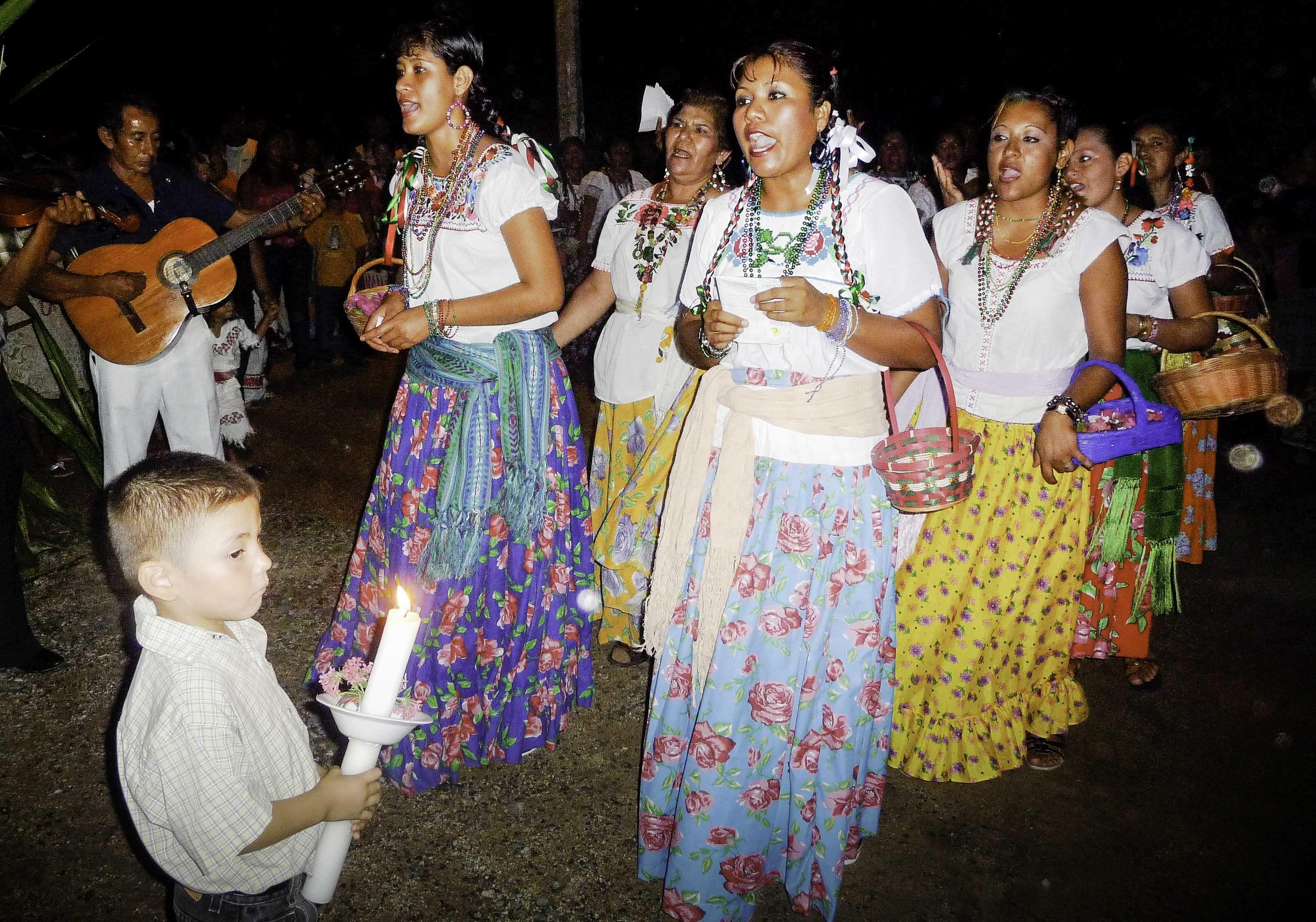 Mexico, Dia de Guadelupe procession