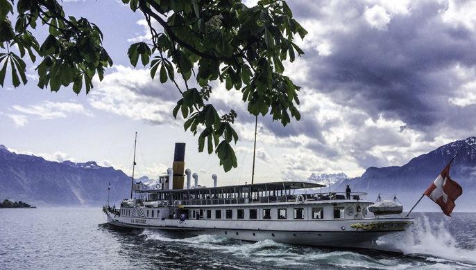 Switzerland, Swiss Travel Pass, Paddlewheel Steamer La Suiss on Lake Lucerne, Switzerlande