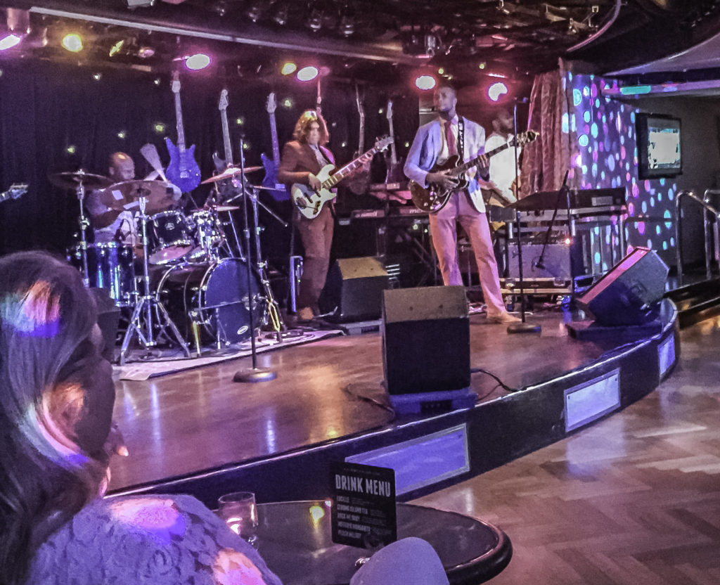 B.B. King All Star band at the Blues Club (for dancin' all night), Holland America Lines ms Nieuw Amsterdam