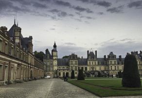 Chateau de Fontainebleau, Floating the Loire Canal on the Renaissance Barge, Burgundy, France