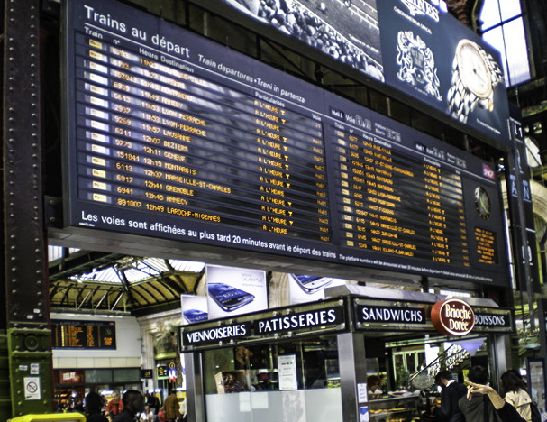 Yes, that must be the one? : Change Board in the Gare Montparnasse Parisian train station, Paris, France
