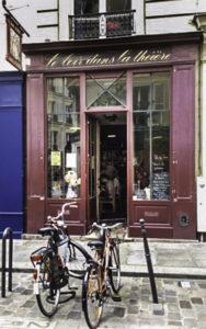 Le Loir dans la Théière restaurant for Stepping out Solo in Paris to dine