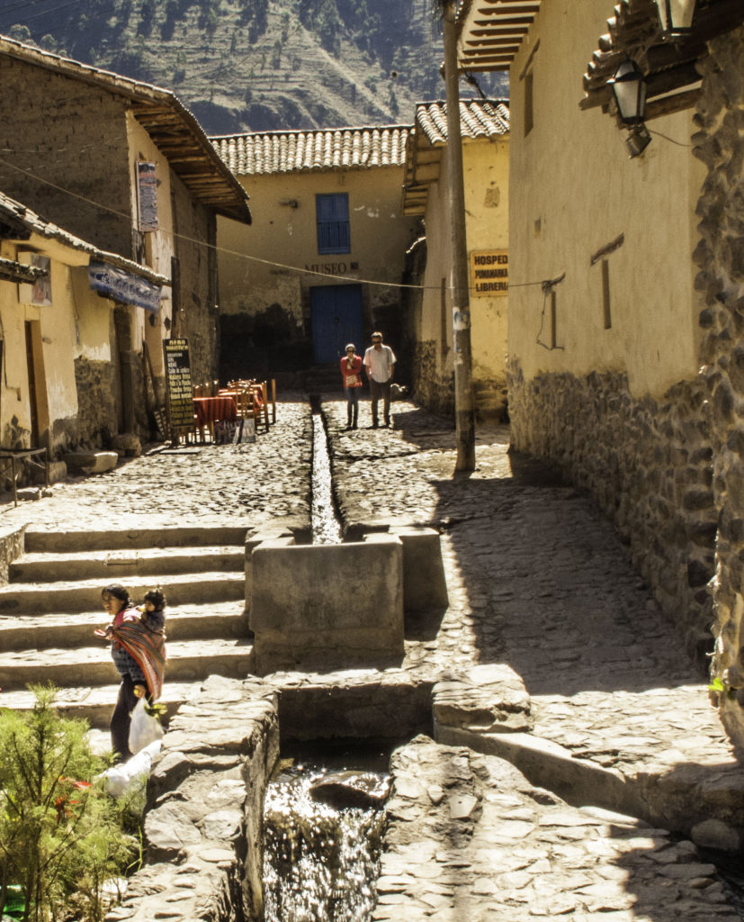 Inca water systems still functioning in Ollantaytambo after more than 400 yrs, Road to Machu Picchu, Cusco region, Peru