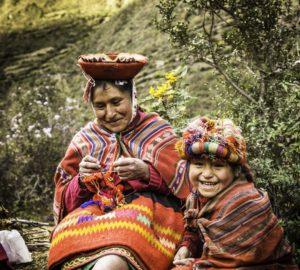 Weavers of Patacancha, Ollantaytambo, Road to Machu Picchu, Cusco region, Peru