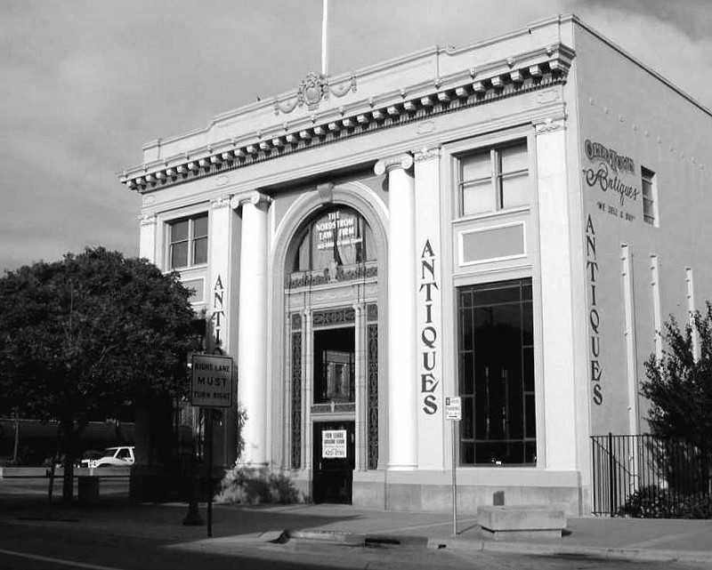 In Steinbeck's time this was the Monterey County Bank Building, Something to do in Salinas, California
