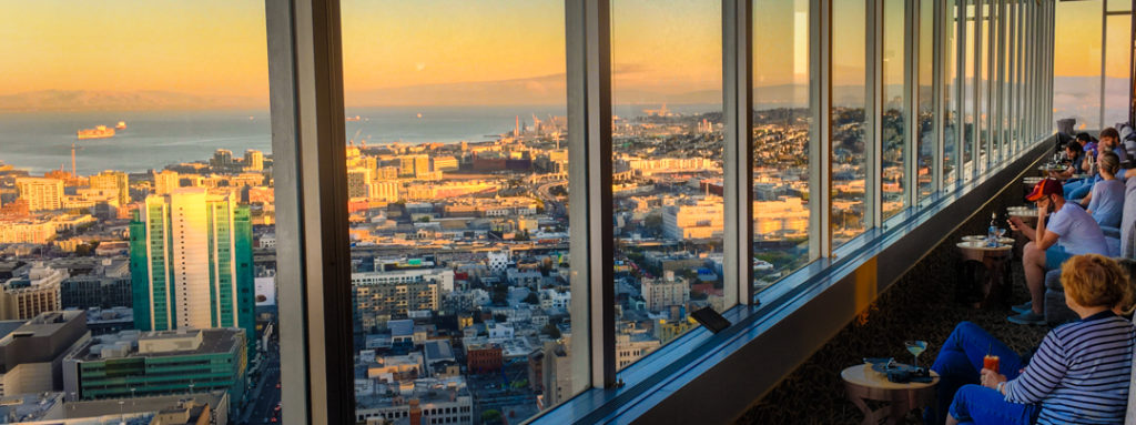 Cityscape San Francisco Hilton Lounge and Bar with incredible bay and city views.Hilton San Francisco Union Square.