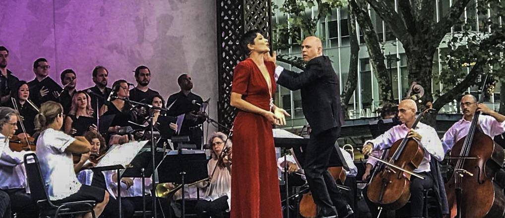 Inna Dukach, Soprano, New York City Opera 75th Anniv. Concert, Washington Square, New York