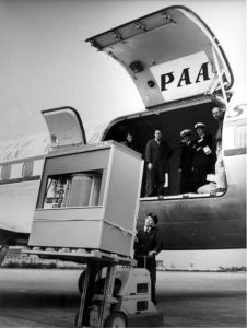 Delivering a RAMAC disk drive. Photo: Courtesy IBM