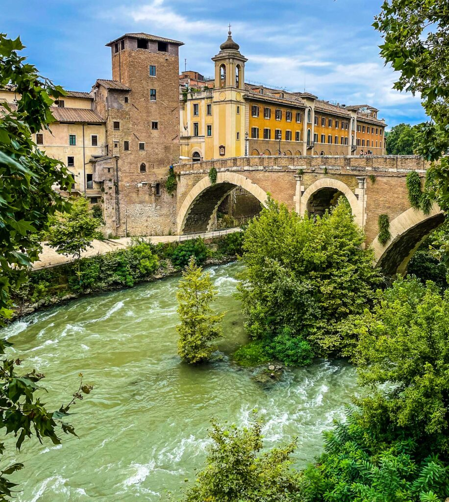 Ponte Fabricio, Hidden Rome, Italy